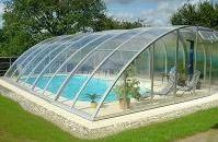 Abri de piscine eureka bas mi haut et haut avec des for Abri piscine telescopique sans rail