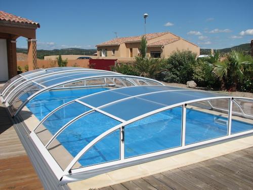 rondo l abri de piscine bas de sun abris l 39 abri de piscine comment choisir son prochain abri. Black Bedroom Furniture Sets. Home Design Ideas