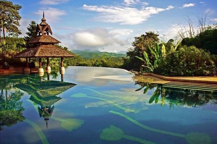 Piscine de l'hotel Anantara en thailande